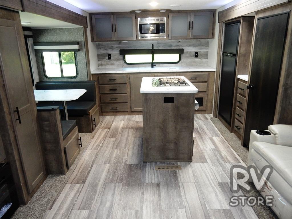 Connect rear kitchen