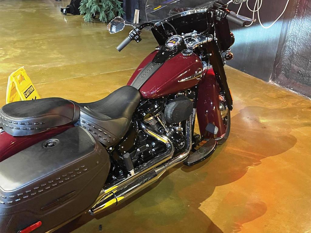 11583B-2020-Harley Davidson-Heritage Softtail-4